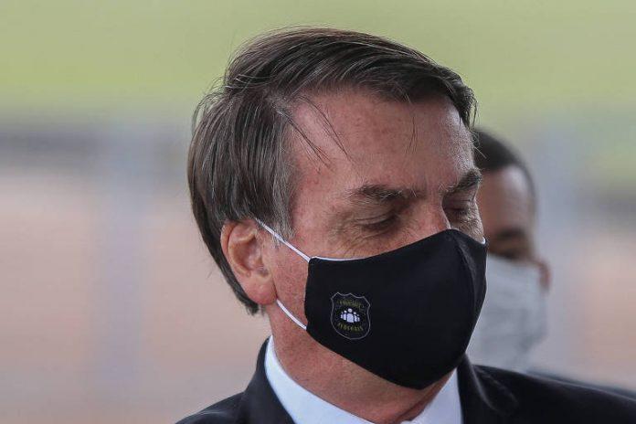 Bolsonaro publica texto para aprovar receita médica digital em tempos de pandemia