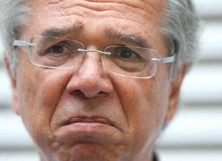 Paulo Guedes retirado de entrevista - tudo combinado, segundo Fábio Faria