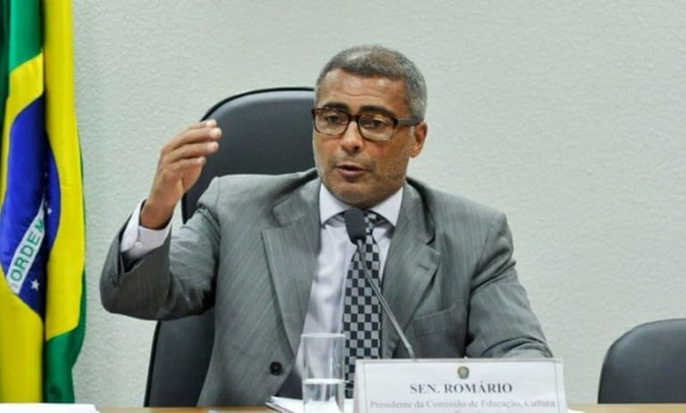 Rosa Weber autoriza inquérito para investigar o senador Romário
