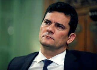 Sergio Moro agradeceu o apoio à Operação Lava Jato e diz que a operação sofre reveses