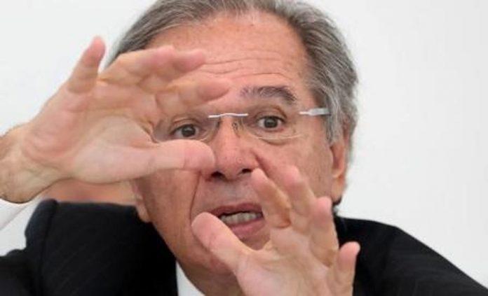 Até o FMI discorda de Guedes