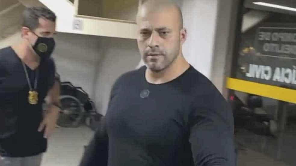 Daniel Silveira permanece ou não na cadeia? A Câmara dos Deputados decidi nesta quinta-feira
