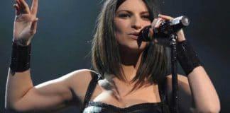 "Participante do ""BBB"" da Italia é expulsa por mentir sobre Cantora Laura Pausini"