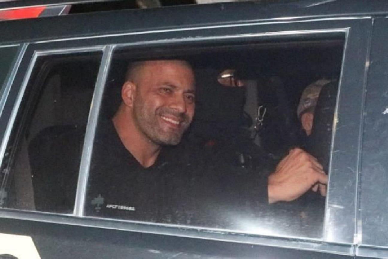 Em audiência de custodia Juiz decide manter Daniel Silveira preso